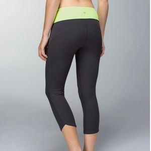 Lululemon Women's Cropped Legging with Side Pocket